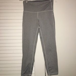 Grey high waisted leggings!